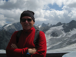 Diska at Livrio Hut (3174mt)