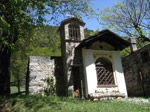 M341 (382328 byte) - The little church at Maggenghi Foppa (1100mt) going up to Prato Maslino (1610mt)
